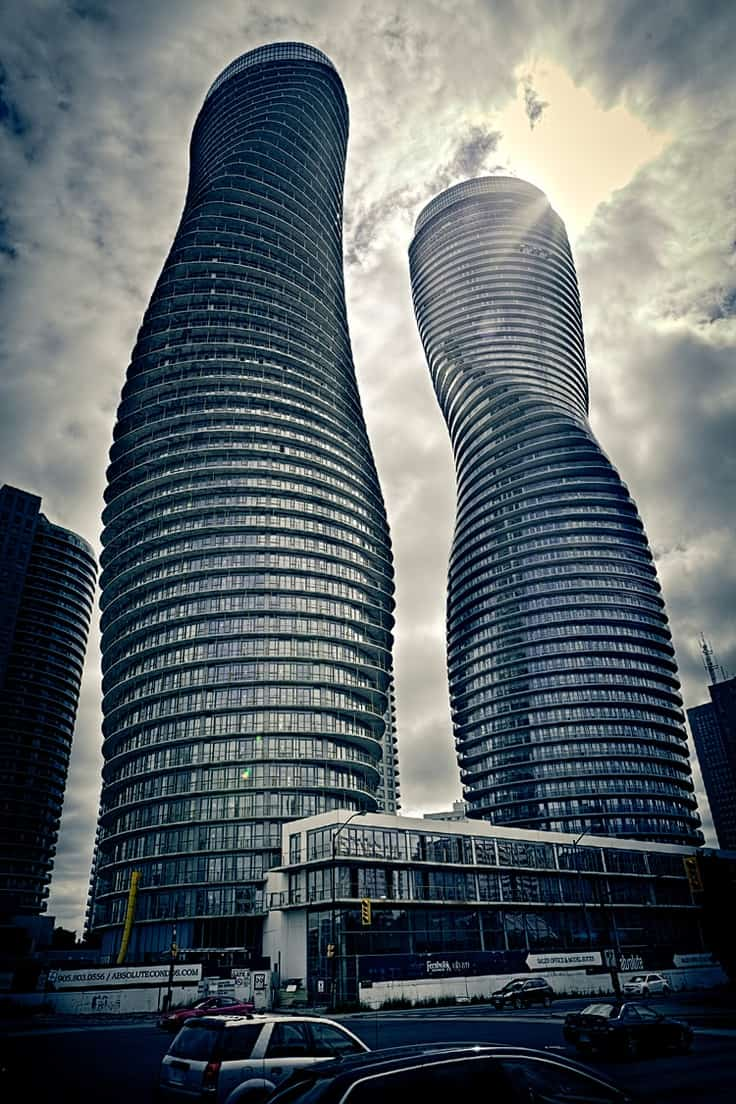 50 60 absolute avenue marilyn monroe towers real for Absolute towers