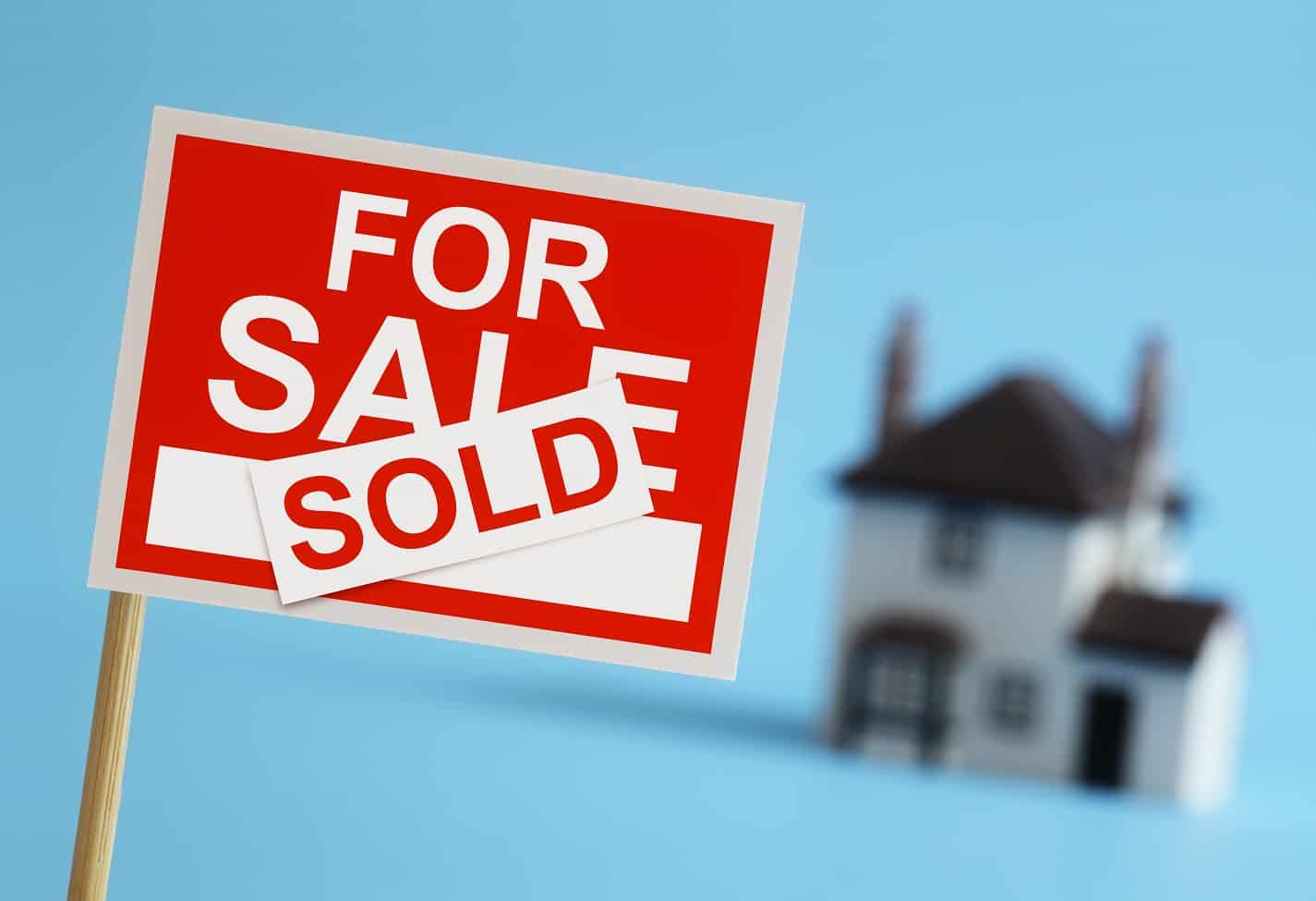 Real estate agent for sale sign